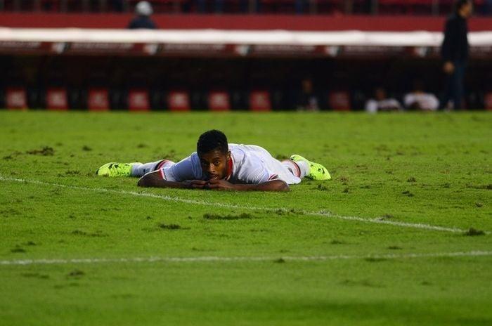 Michel Bastos interessa ao Flamengo