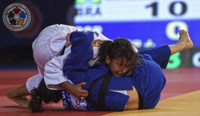 Sarah Menezes na vitória sobre a portuguesa Joana Diogo