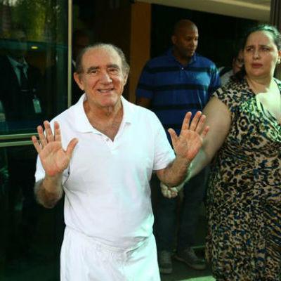 """Renato Aragão perde processo para atriz de """"A Filha dos Trapalhões"""""""