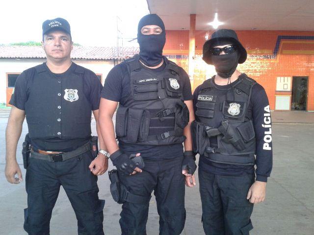 Equipe responsável pela prisão do acusado (Crédito: Reprodução)