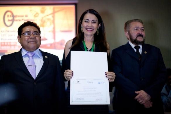 Margarete Coelho recebe homenagem (Crédito: Reprodução)