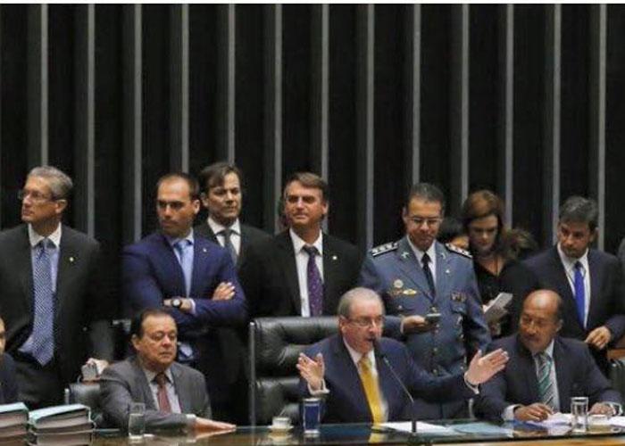Debate do impeachment de Dilma (Crédito: Divulgação)