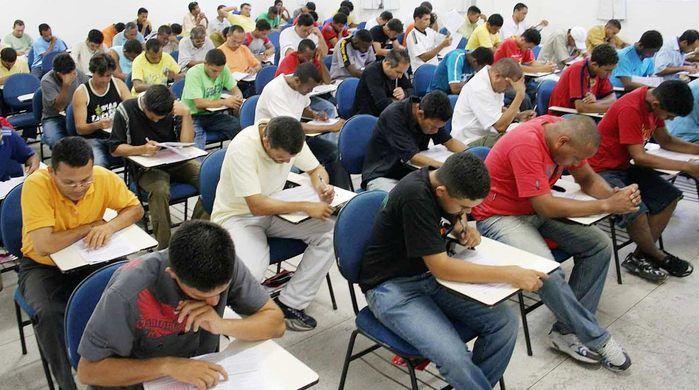 Prefeitura de Lagoa Alegre oferece 40 vagas para todos os níveis de escolaridade