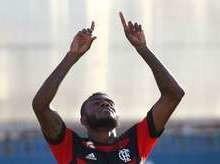 Flamengo supera o Bangu e encara o Vasco na semifinal do Carioca