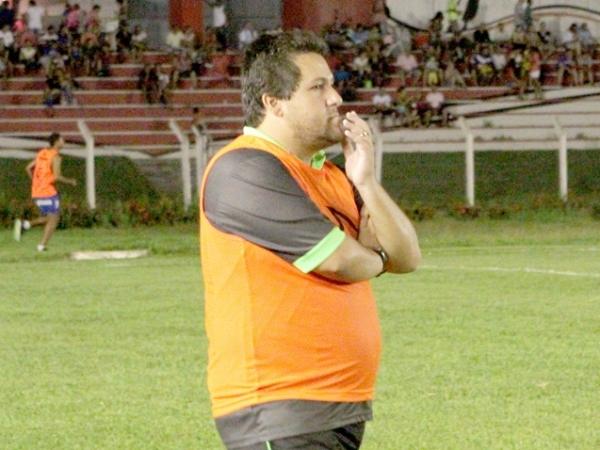 Marchiori, técnico do Cuiabá, foi ameaçado pelo atacante Igor (Crédito: Reprodução)