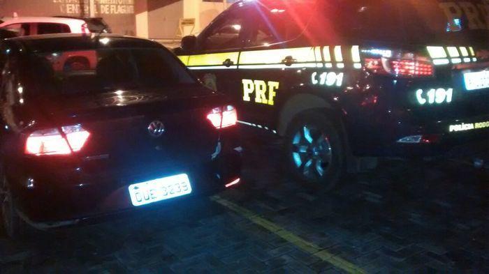 Veículo recuperado pela PRF (Crédito: Reprodução)
