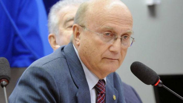 Deputado Osmar Serraglio (PMDB-PR) defendeu 'anistia' para Cunha