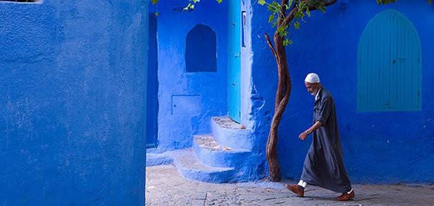Conheça a cidade inteira na cor azul que saiu de um conto de fadas