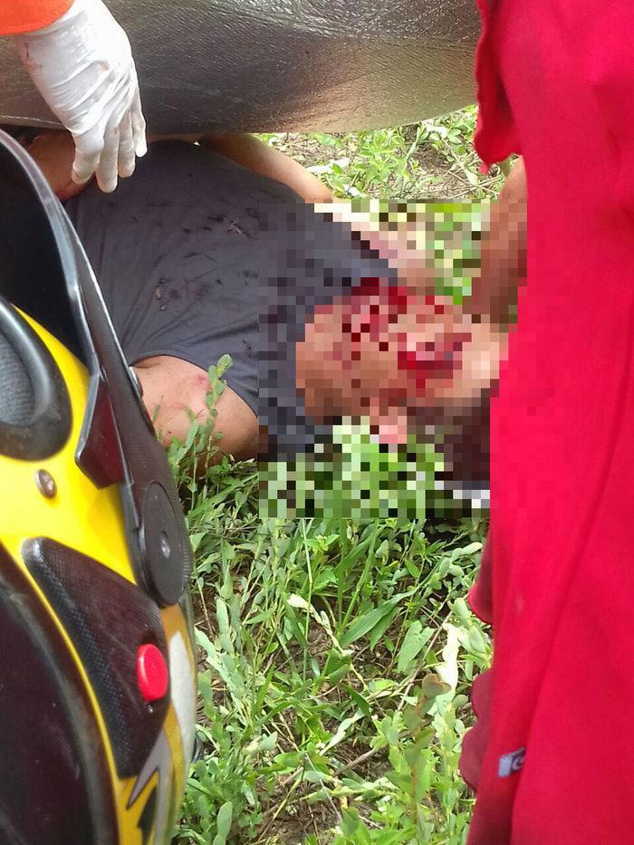 Três pessoas ficaram feridas (Crédito: Reprodução)
