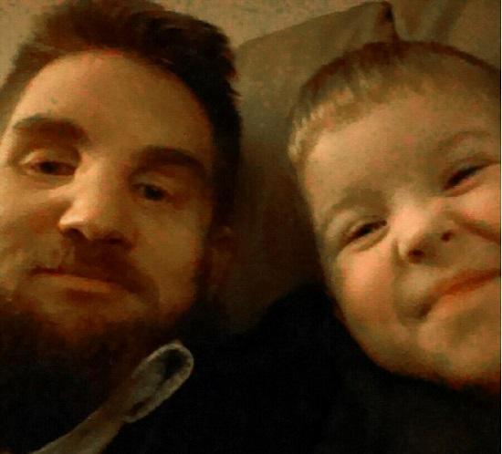 Mitch Hunter, de 36 anos e o Filho (Crédito: Reprodução)