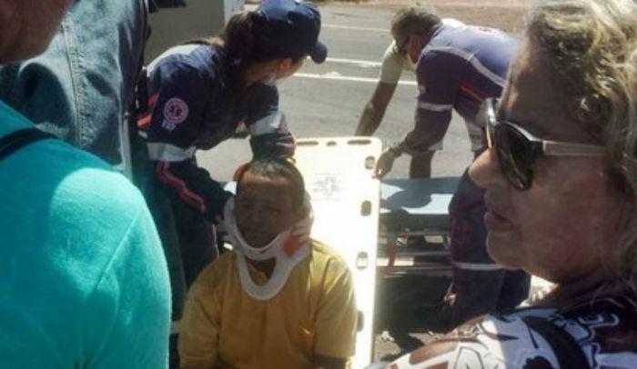 Vítima foi atendida por equipe do SAMU