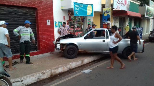 Homem com sinais de embriaguez provoca acidente em José de Freitas (Crédito: Reprodução)