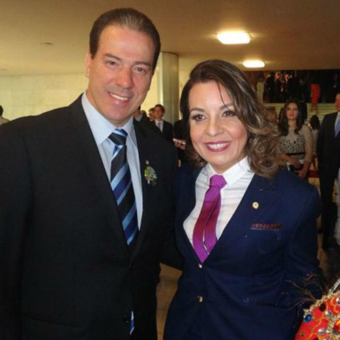 Raquel Muniz e o marido (Crédito: Reprodução)