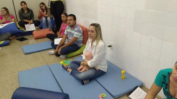 As oficinas objetivam a capacitação multiprofissional para o atendimento às crianças com microcefalia
