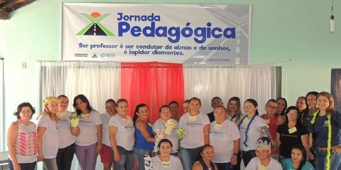 Professores do município participam de oficinas