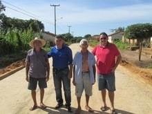 Prefeito Walter Alencar visita as Obras de Pavimentação
