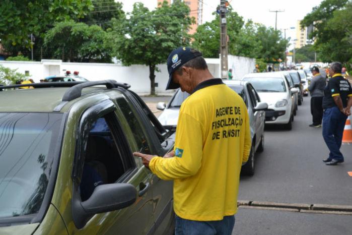 Ação de fiscalização no trânsito realizada pelo Detran.   (Crédito: Ascom Detran)