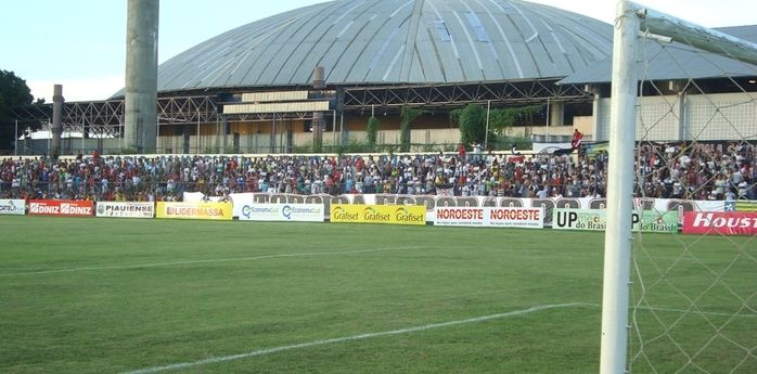 Estádio Lindolfo Monteiro (Crédito: Reprodução)