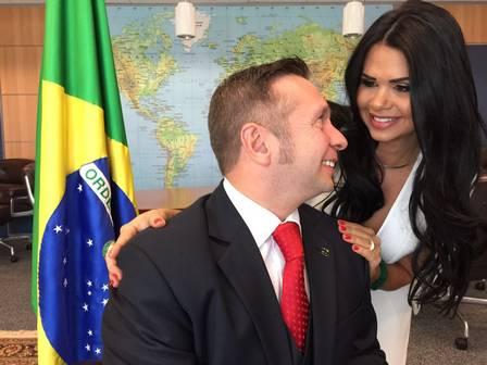 Milena Santos e o marido, Alessandro Teixeira