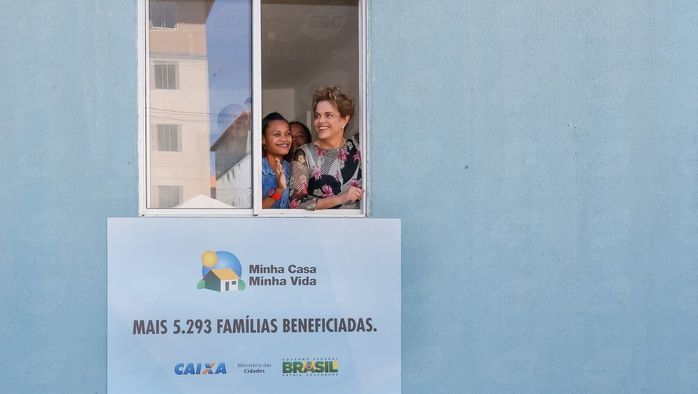Dilma durante entrega  de casas  (Crédito: Agência Brasil )