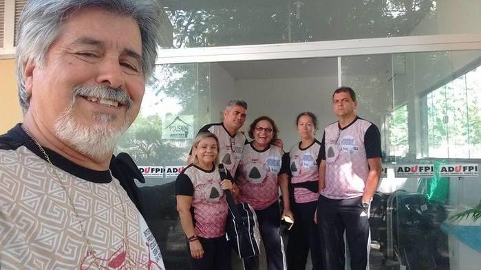 Professores chegam para congresso da FIEP