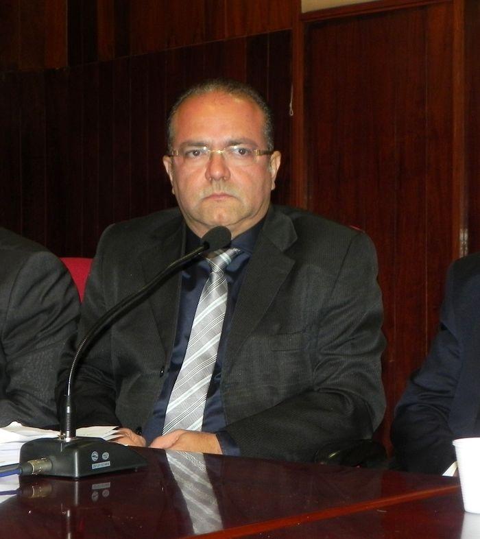 Emmanuel Fontes, presidente do CRM-PI