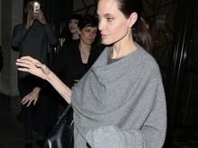 Angelina Jolie é fotografada após polêmicas envolvendo seu peso
