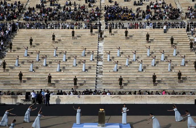 Cerimônia de passagem da tocha olímpica para o Brasil (Crédito: Reprodução)