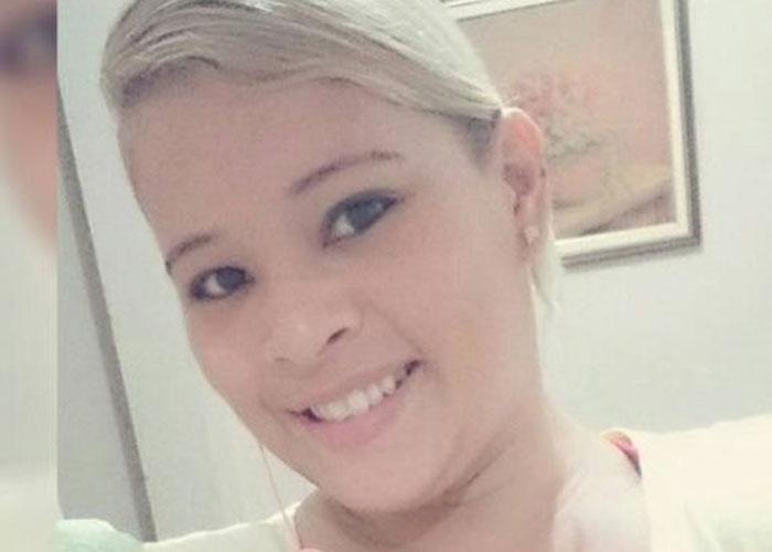 Camila Sarmento Pereira foi encontrada morta em motel  (Crédito: Reprodução/ Facebook )
