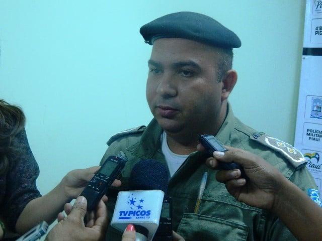 Tenente Sobrinho, do 4º Batalhão da Polícia Militar