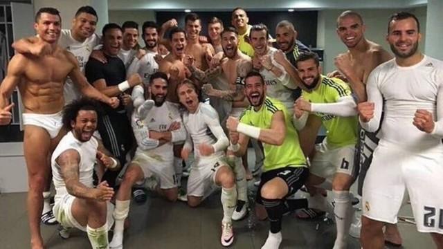 Cristiano Ronaldo só de cueca em comemoração (Crédito: Reprodução)