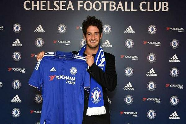 Pato não deve permanecer no Chelsea (Crédito: PA/Chelsea)