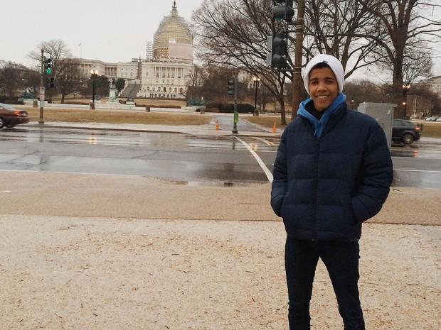 Arthur Abrantes, 18 anos, em Washington, nos EUA, durante o programa Jovens Embaixadores   (Crédito: Arquivo pessoal)