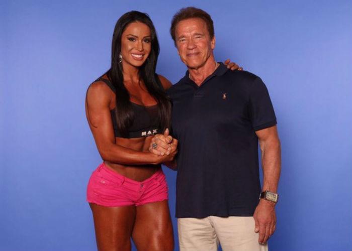 Gracyanne e Arnold Schwarzenegger (Crédito: Divulgação)