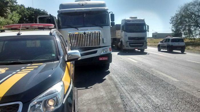 Acidente na BR-153 (Crédito: Rodrigo Carraro/CBN Rio Preto)