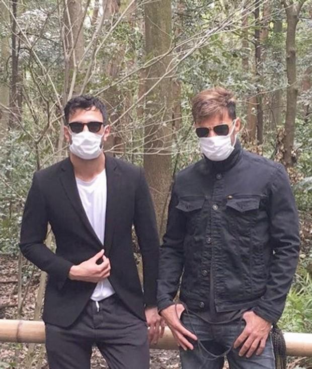 Ricky Martin  e Jwan Yosef no Japão