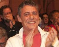 Chico Buarque convoca para ato contra impeachmet no Rio
