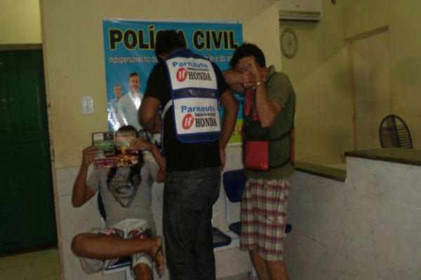 Três mototaxistas presos acusados de assaltos em Parnaíba