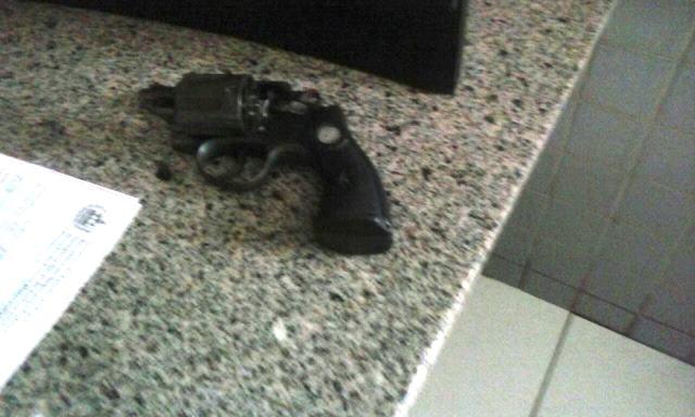 Polícia  apreende drogas e armas  com menores infratores em José de Freitas (Crédito: Divulgação )