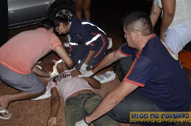 Motociclista ferido em acidente (Crédito: Reprodução)