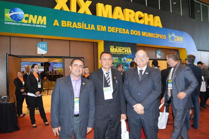 Prefeitos do Piauí participaram da XIX Marcha a Brasília em Defesa dos Municípios