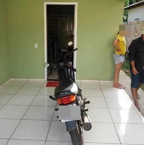 Motocicleta encontrada (Crédito: Reprodução)