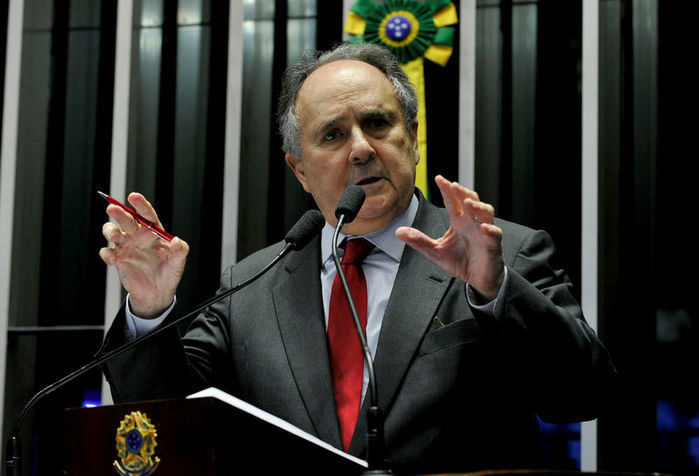 Senador Cristovão Buarque (PPS)
