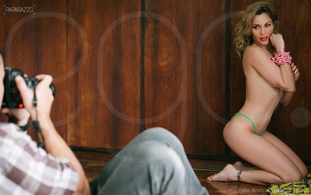 Maria Melilo  no Paparazzo  (Crédito: Paparazzo )