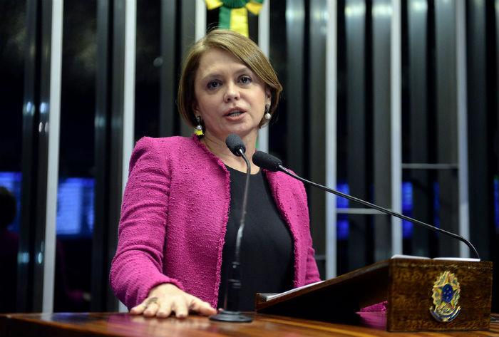 Senadora Angela Portela (PT-RR)