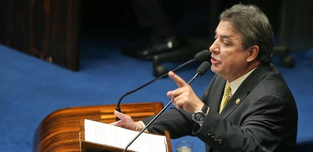 Senador Zezé Perrella