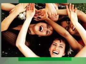 Ter amigos aumenta a tolerância à dor, diz estudo