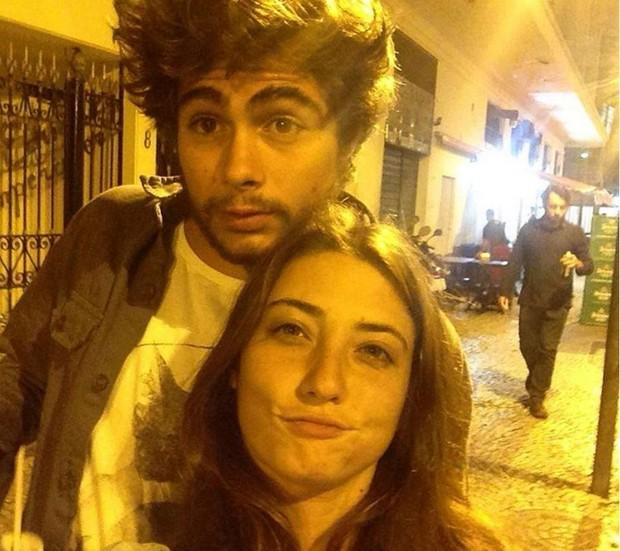 Rafael Vitti e a namorada (Crédito: Reprodução)