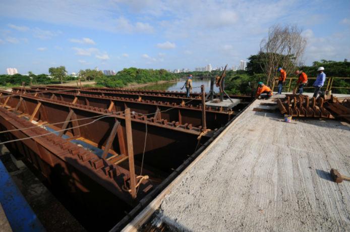 Ponte Wall Ferraz está em obras
