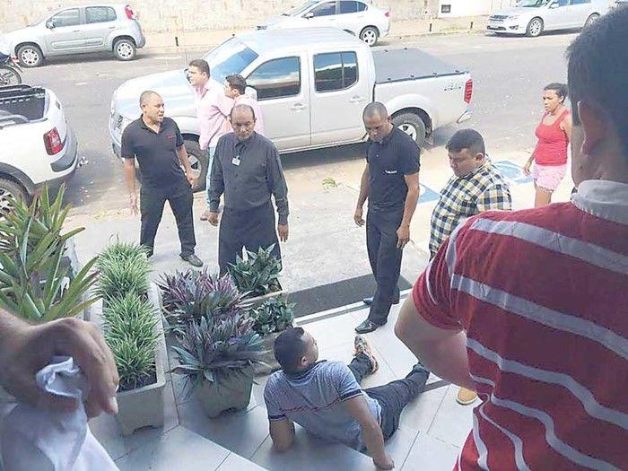 Policial foi baleado no no bairro São Cristóvão